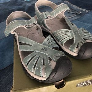Keen Rose Leather Sandal